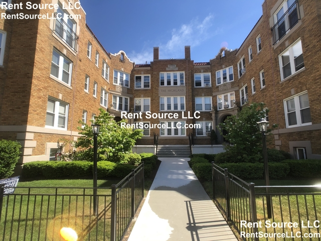 3 Bedrooms, Malden Rental in Boston, MA for $2,025 - Photo 1