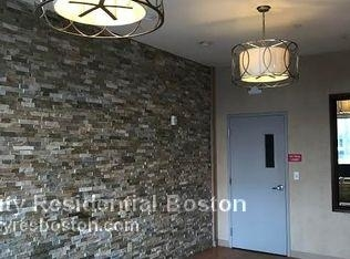 2 Bedrooms, D Street - West Broadway Rental in Boston, MA for $3,300 - Photo 2