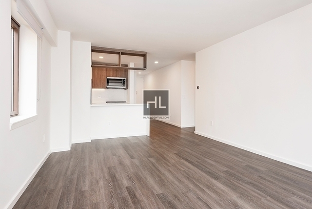 2 Bedrooms, Hell's Kitchen Rental in NYC for $4,755 - Photo 1