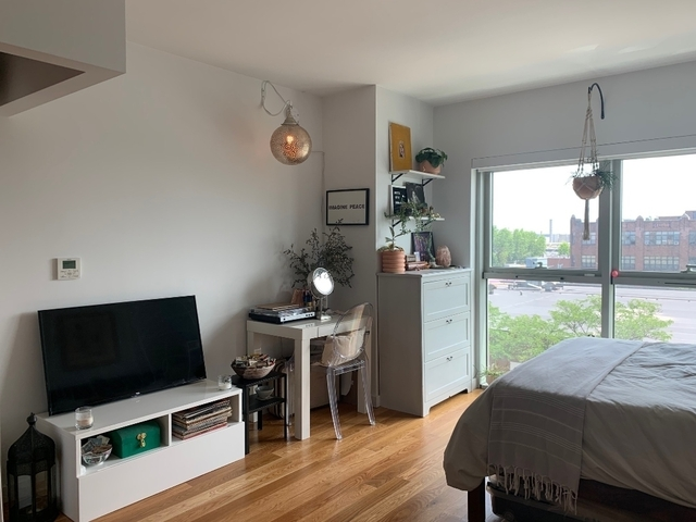 Studio, Greenpoint Rental in NYC for $2,790 - Photo 2