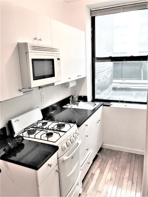 2 Bedrooms, SoHo Rental in NYC for $3,700 - Photo 1