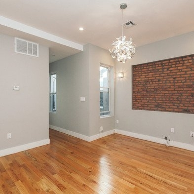 3 Bedrooms, Ridgewood Rental in NYC for $2,900 - Photo 2