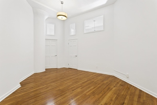 2 Bedrooms, Hudson Square Rental in NYC for $4,900 - Photo 1