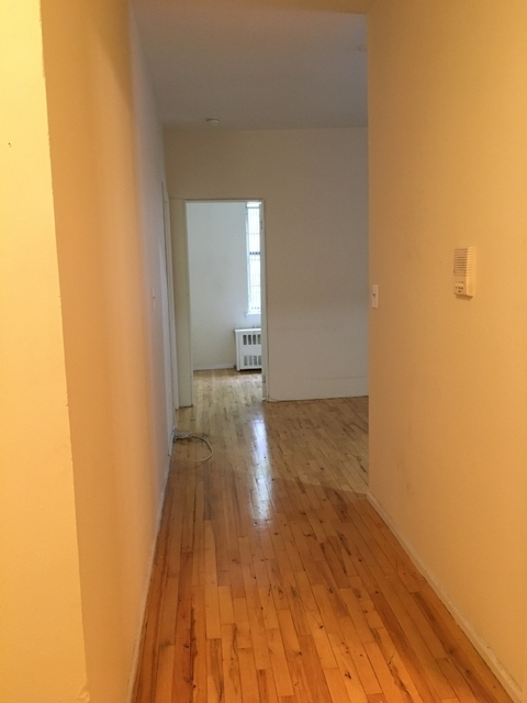 2 Bedrooms, Yorkville Rental in NYC for $2,300 - Photo 1