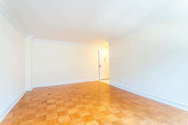 Studio, Theater District Rental in NYC for $2,378 - Photo 2