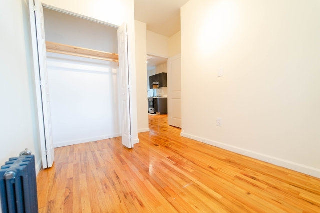 3 Bedrooms, Alphabet City Rental in NYC for $3,395 - Photo 2