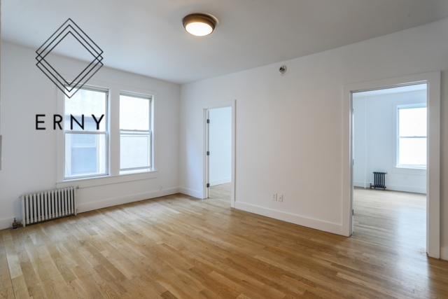 3 Bedrooms, Ditmars Rental in NYC for $3,500 - Photo 2