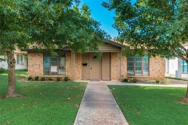 2 Bedrooms, Monticello Rental in Dallas for $1,850 - Photo 2