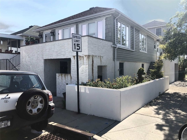 3 Bedrooms, West End Rental in Long Island, NY for $3,300 - Photo 2