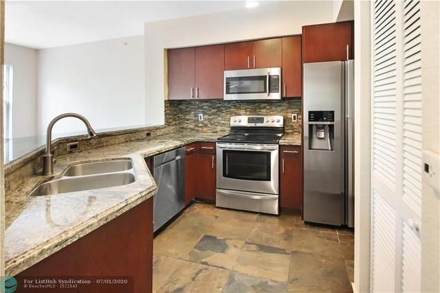 2 Bedrooms, Crossings Rental in Miami, FL for $1,750 - Photo 2