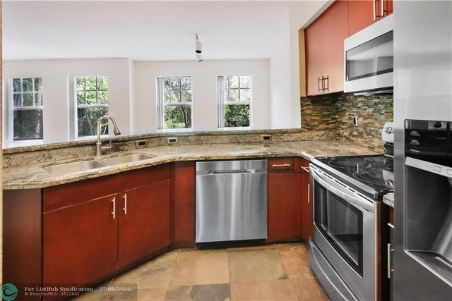 2 Bedrooms, Crossings Rental in Miami, FL for $1,750 - Photo 1