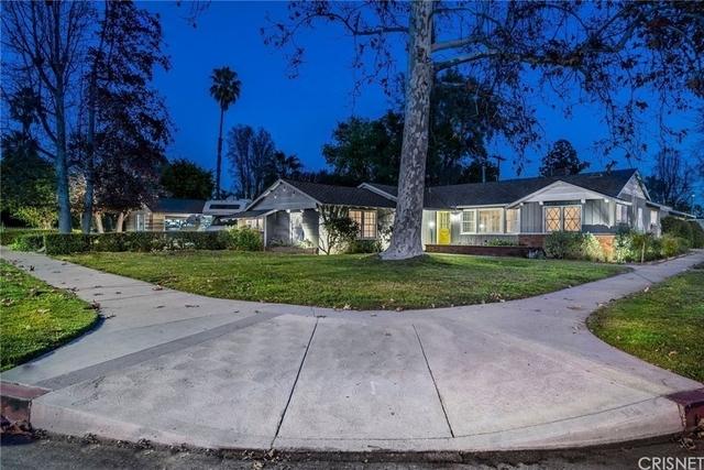 4 Bedrooms, Van Nuys Rental in Los Angeles, CA for $4,500 - Photo 2