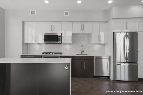 2 Bedrooms, Ashmont Rental in Boston, MA for $3,200 - Photo 2