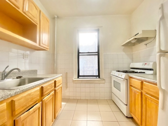 3 Bedrooms, Fort George Rental in NYC for $2,600 - Photo 1
