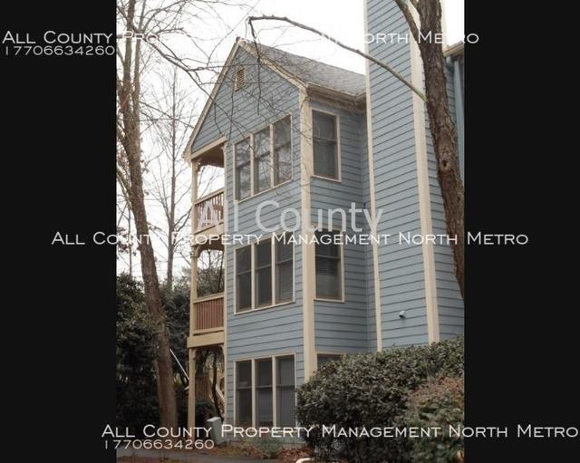 2 Bedrooms, The Oaks of Dunwoody Condominiums Rental in Atlanta, GA for $1,600 - Photo 1
