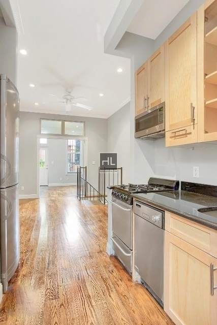 3 Bedrooms, West Village Rental in NYC for $6,230 - Photo 2
