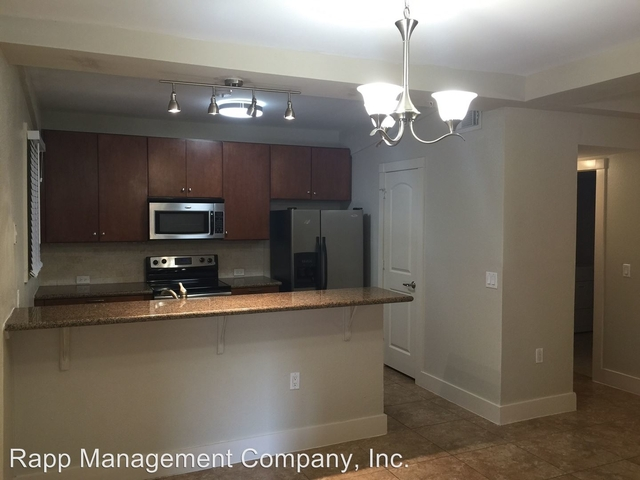3 Bedrooms, Downtown Galveston Rental in Houston for $2,500 - Photo 1