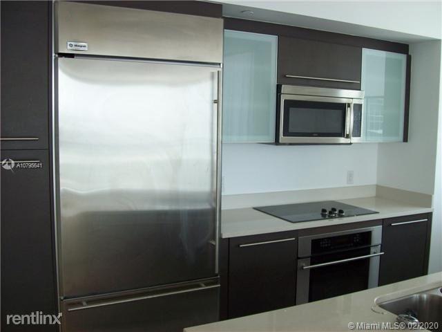 3 Bedrooms, Miami Financial District Rental in Miami, FL for $3,500 - Photo 2