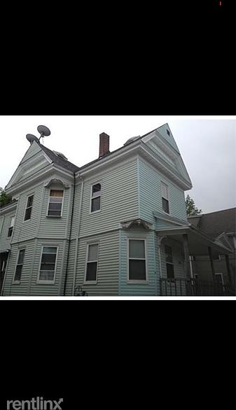 3 Bedrooms, Brockton Rental in  for $1,700 - Photo 1