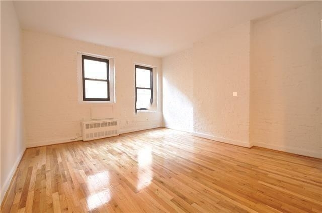 3 Bedrooms, Yorkville Rental in NYC for $3,995 - Photo 1