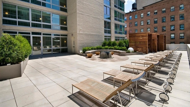 Studio, Hell's Kitchen Rental in NYC for $2,725 - Photo 2