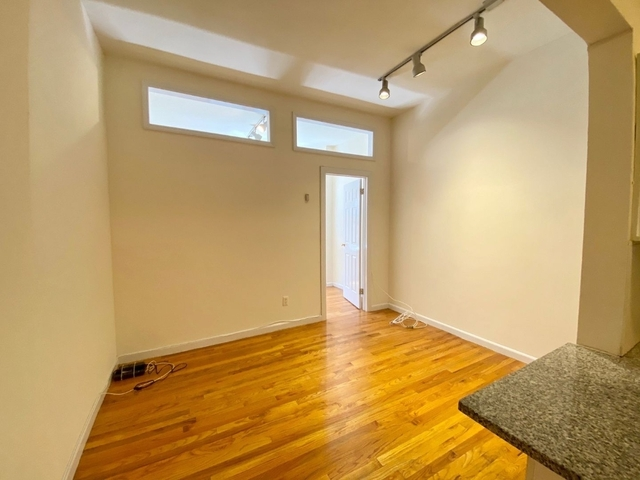 1 Bedroom, Flatiron District Rental in NYC for $2,268 - Photo 2