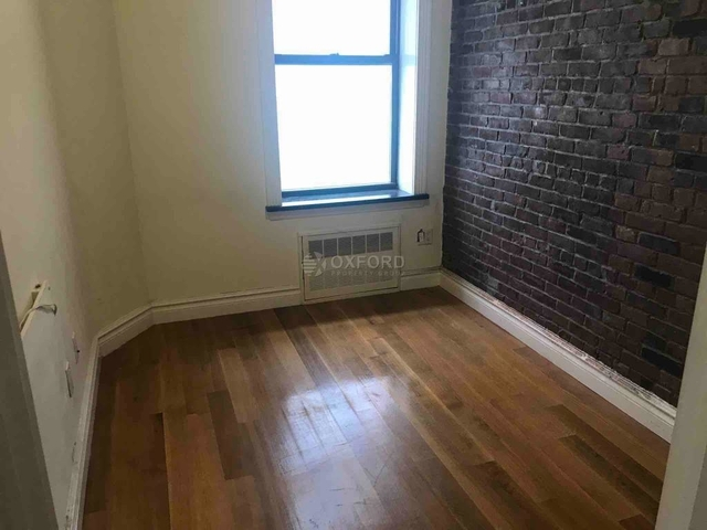 3 Bedrooms, Chelsea Rental in NYC for $5,533 - Photo 1