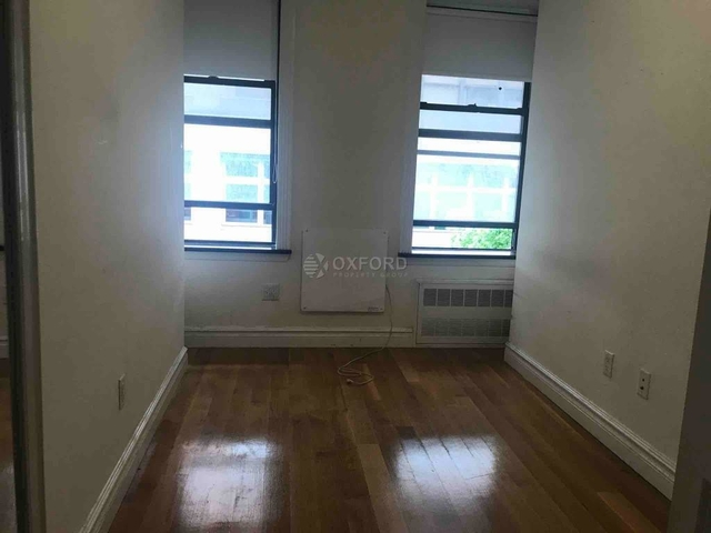 3 Bedrooms, Chelsea Rental in NYC for $5,533 - Photo 2