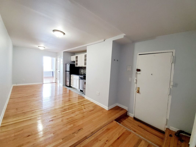 2 Bedrooms, North Slope Rental in NYC for $2,300 - Photo 2