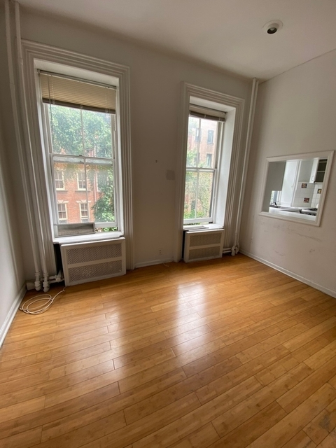 3 Bedrooms, Turtle Bay Rental in NYC for $3,950 - Photo 2