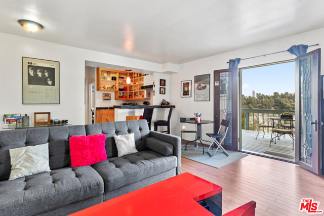 1 Bedroom, Hollywood Hills West Rental in Los Angeles, CA for $2,200 - Photo 1