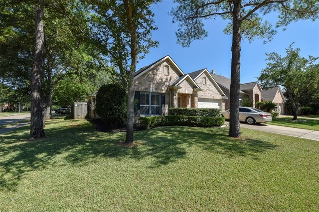 4 Bedrooms, Cinco Ranch Rental in Houston for $1,850 - Photo 1