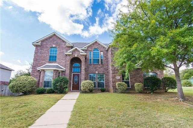 5 Bedrooms, Vistawood Rental in Dallas for $2,400 - Photo 2