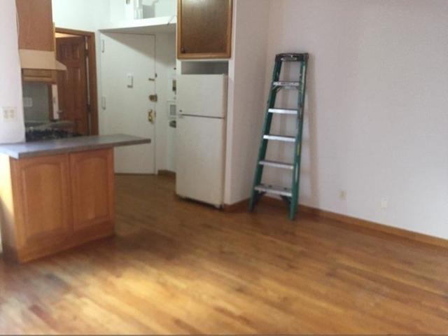 3 Bedrooms, Astoria Rental in NYC for $2,300 - Photo 2