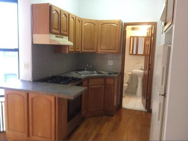 3 Bedrooms, Astoria Rental in NYC for $2,300 - Photo 1