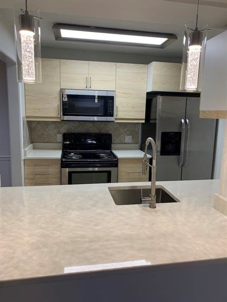 2 Bedrooms, Barrington Hill Condominiums Rental in Atlanta, GA for $1,400 - Photo 1