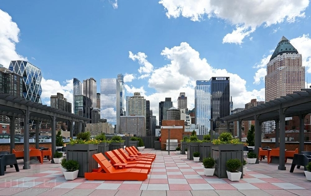 Studio, Hell's Kitchen Rental in NYC for $2,571 - Photo 2