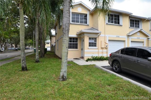 3 Bedrooms, Flamingo Gardens Rental in Miami, FL for $2,250 - Photo 1