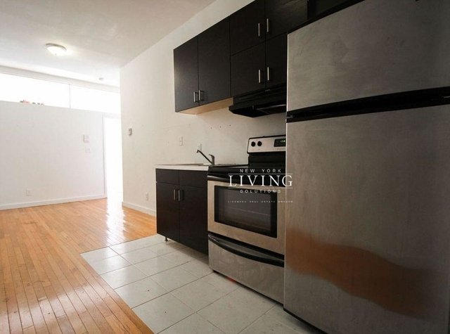 2 Bedrooms, Bushwick Rental in NYC for $2,199 - Photo 1