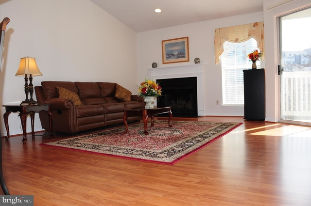 2 Bedrooms, The Rotonda Rental in Washington, DC for $2,200 - Photo 2