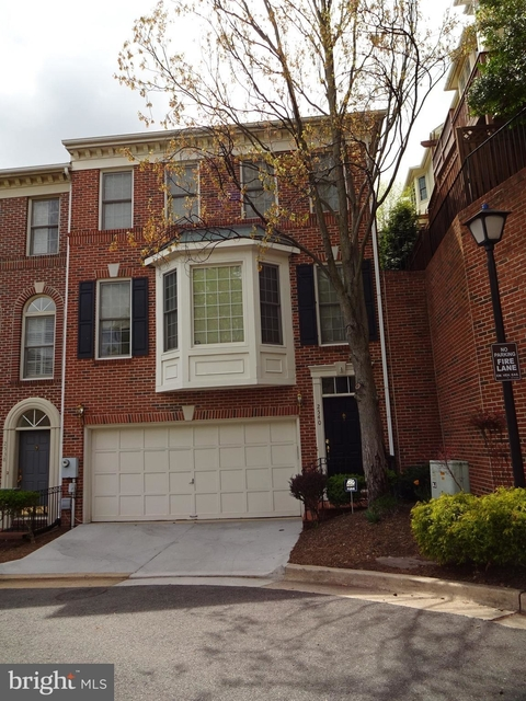 3 Bedrooms, Stonegate Park Rental in Washington, DC for $3,100 - Photo 1