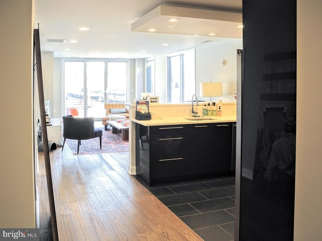 2 Bedrooms, Northern Liberties - Fishtown Rental in Philadelphia, PA for $2,600 - Photo 2