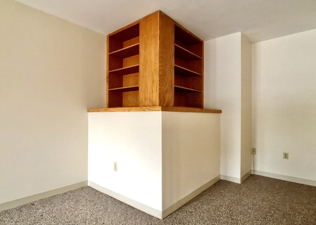 1 Bedroom, West Newton Rental in Boston, MA for $2,400 - Photo 2