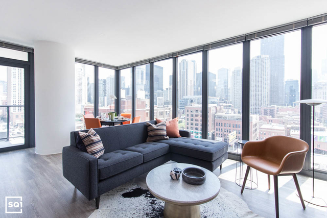 2 Bedrooms, River North Rental in Chicago, IL for $4,329 - Photo 1