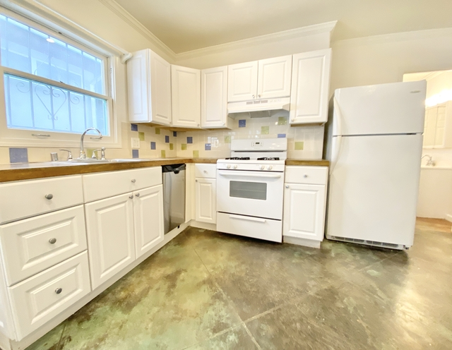 3 Bedrooms, Venice Beach Rental in Los Angeles, CA for $5,095 - Photo 1