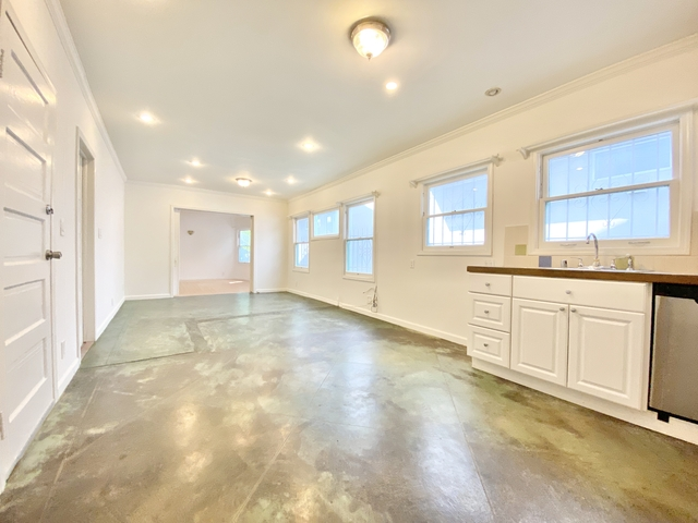 3 Bedrooms, Venice Beach Rental in Los Angeles, CA for $5,095 - Photo 2