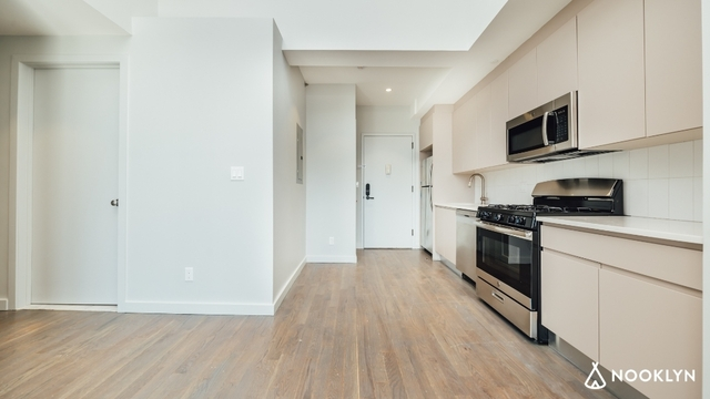 2 Bedrooms, Bushwick Rental in NYC for $4,506 - Photo 2