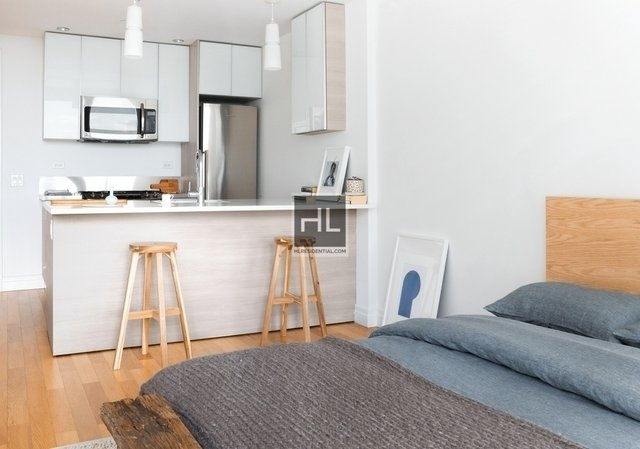 Studio, Hell's Kitchen Rental in NYC for $2,913 - Photo 2