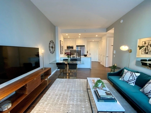 2 Bedrooms, Hell's Kitchen Rental in NYC for $5,346 - Photo 1