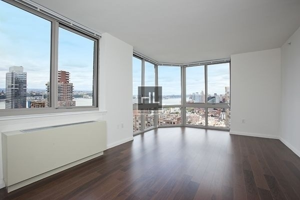 1 Bedroom, Hell's Kitchen Rental in NYC for $3,378 - Photo 1